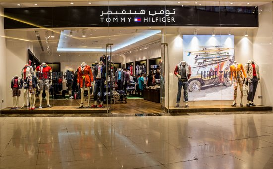 The Mall of Arabia store showcases the latest Tommy Hilfiger collections,  including men s sportswear, women s sportswear, Hilfiger Denim, tailored,  ... e1dc200c25e9