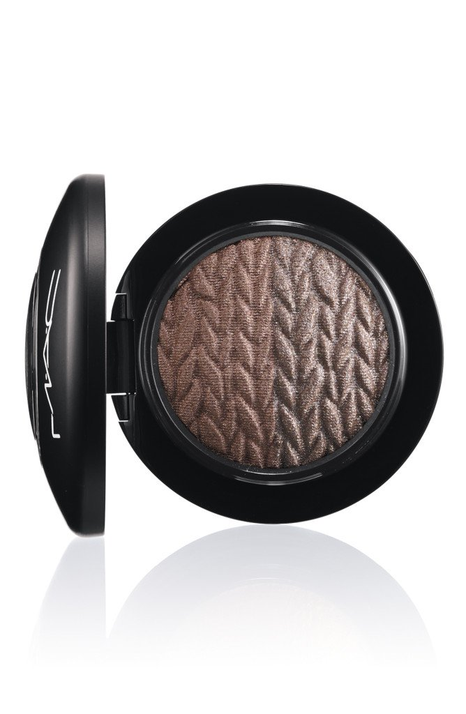 LightnessofBeing-MineralizeEyeShadow-ForceofNature-300
