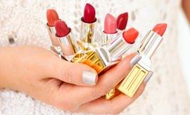 Elizabeth-Arden-Beautiful-Color-Moisturising-Matte-Lipstick-Review